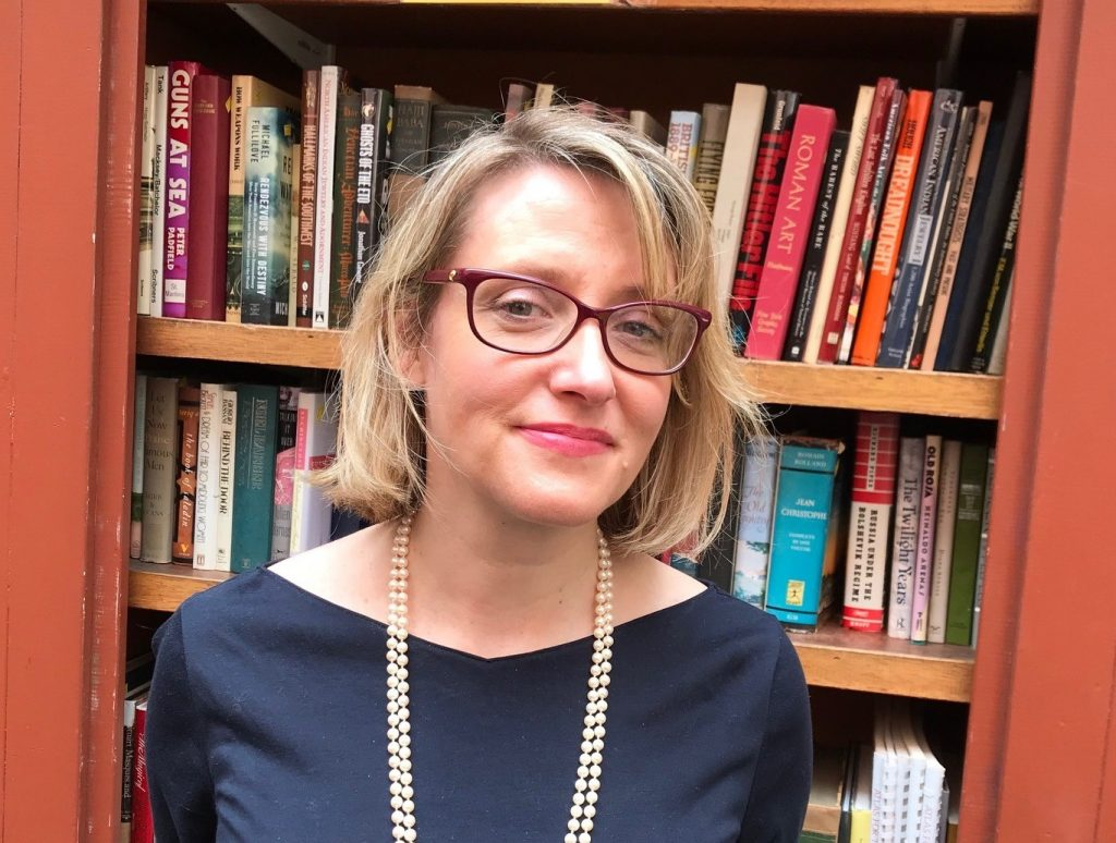 Dr Kirsten MacLeaod