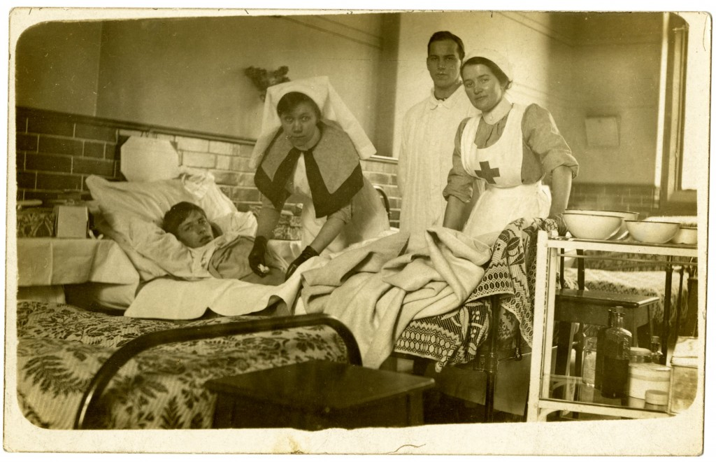 WORLD WAR 1-UNIVERSITY HOSPITAL-PHOTO 2