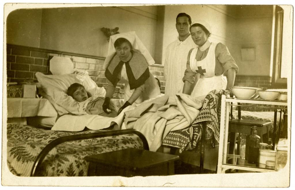 WORLD WAR 1-UNIVERSITY HOSPITAL-PHOTO 2