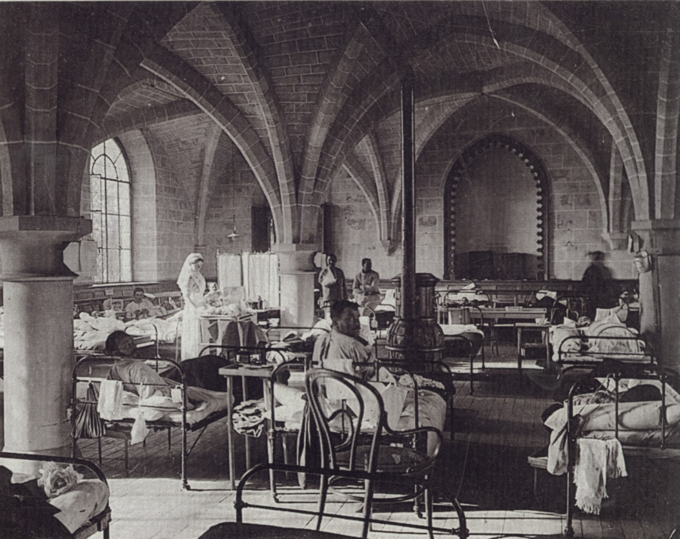 Royaumont Hospital, image kindly provided by the Imperial War Museum.