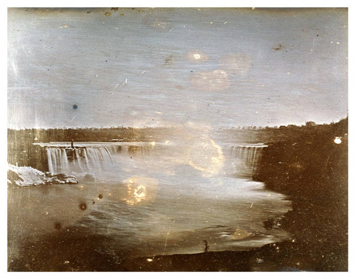 The Horseshoe Falls, part of Niagra Falls Daguerrotype