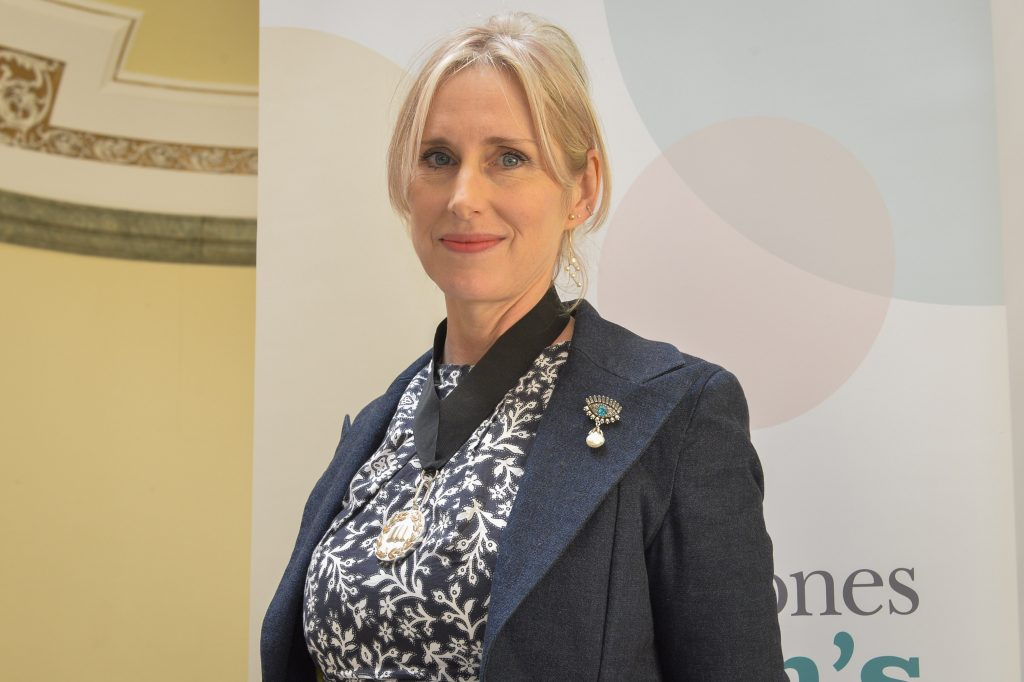 Pictured at Hull City Hall is the presentation of the new Tenth Waterstones Children's Laureate. Shown is Lauren Child, the new laureate and the medal she has been awarded. Pictures copyright Darren Casey / DCimaging